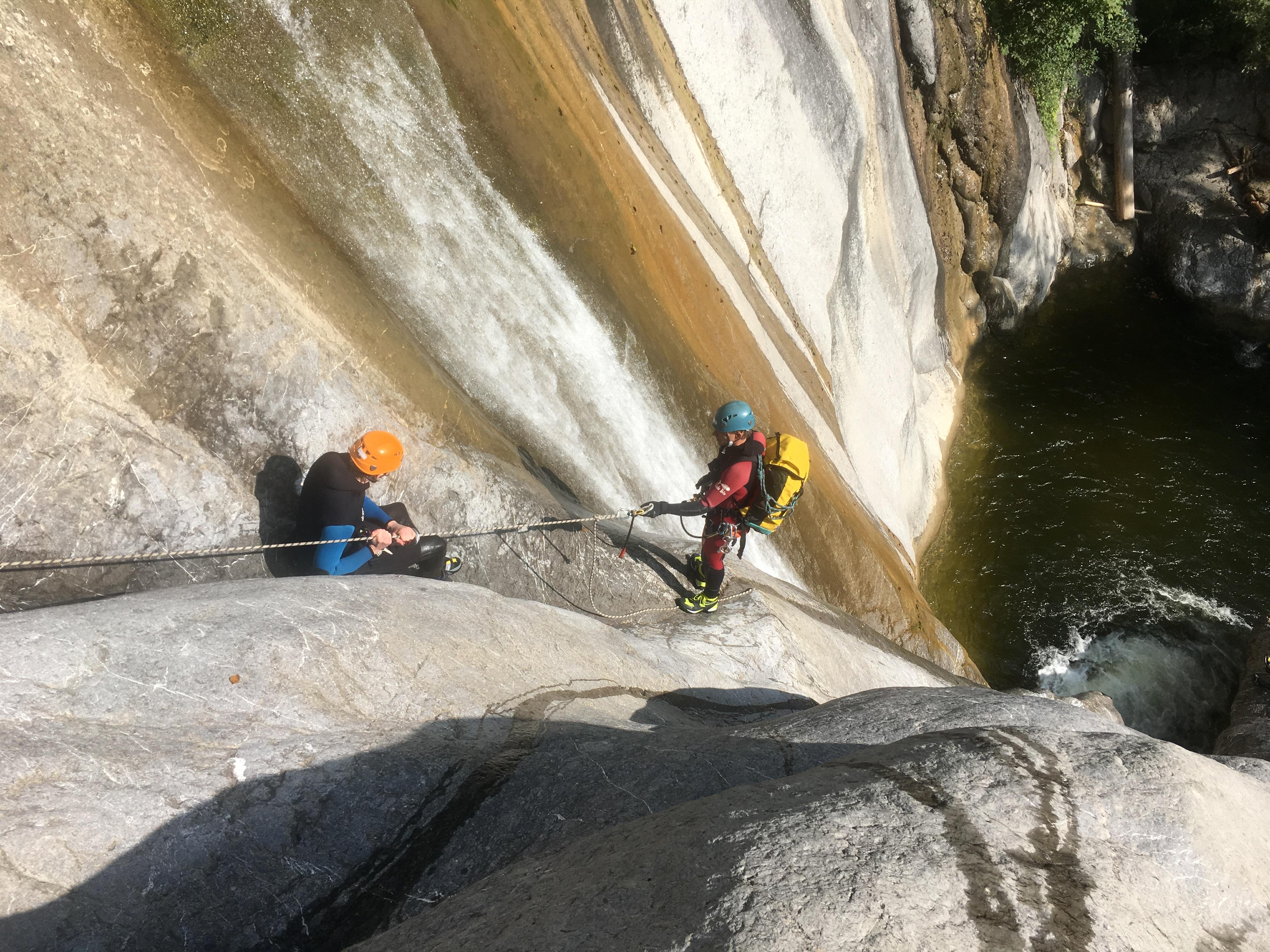 Klettergurt Canyoning : Canyoning u2013 engelberg mountain guide
