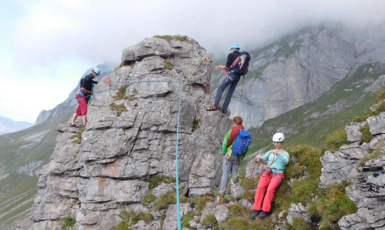Klettergurt Für Mehrseillängen : Mehrseillängen basic u2013 engelberg mountain guide